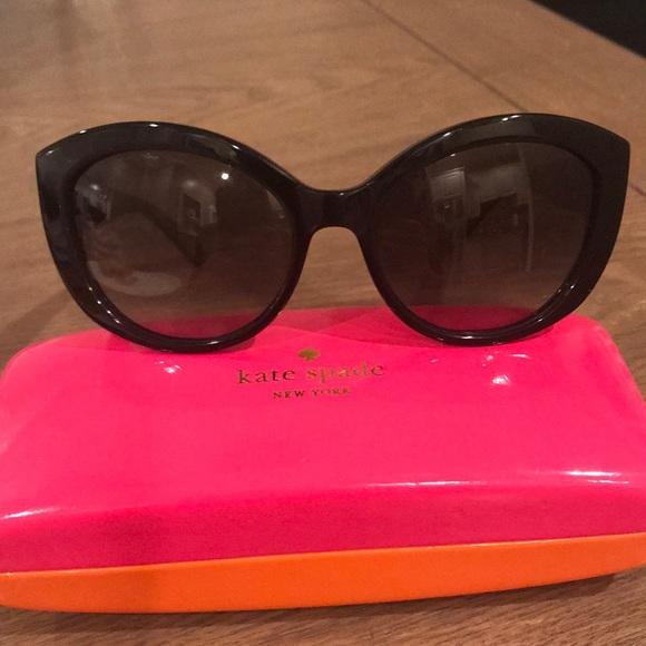 17ea8a32e2f5 kate spade Accessories - Kate Spade Sherrie cat eye sunglasses