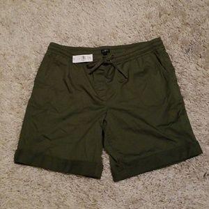 Rolled Bermuda Shorts Knee Length Loose Fit