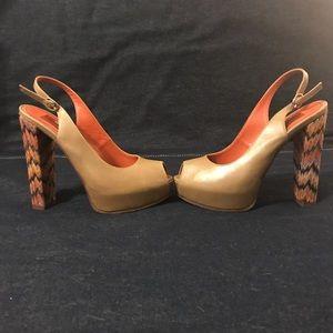 Missoni Peep-toe slingback. Size 38