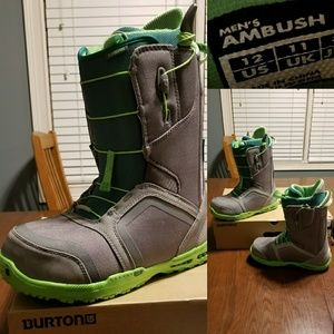 Burton Ambush snowboard boot grey/green NWT 12