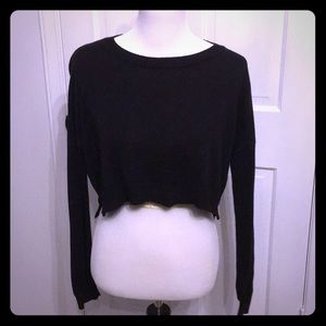 Forever 21 Cropped Sweater. Women's Size large.