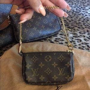 Handbags - Louis Vuitton mini pouchette