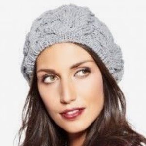 H&M Gray Cable Knit Beret