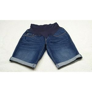 old navy maternity shorts size 10