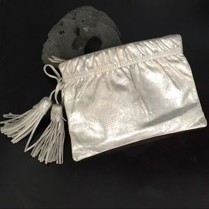 Soft matte silver clutch with tassels GAP