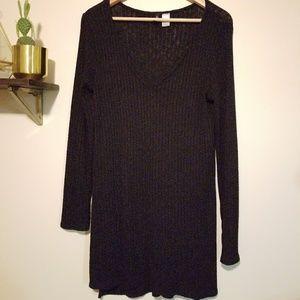 Long sleeve, light sweater