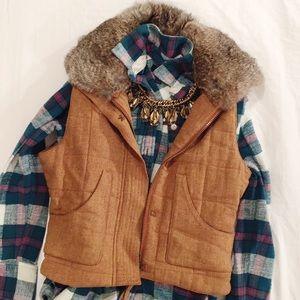 Orvis Tweed vest with fur collar.