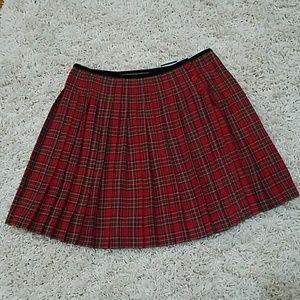 NWOT Liz Claiborne plaid pleated mini skirt