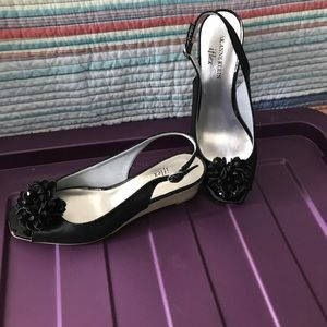AK Anne Klein iflex shoes