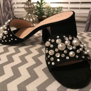 Black jeweled slip on dress shoe never worn