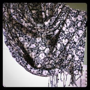 Beautiful light cotton wrap/scarf/shawl. Large
