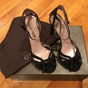 Beautiful authentic Gucci heels