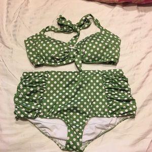 Pinup Couture High-waisted Bikini