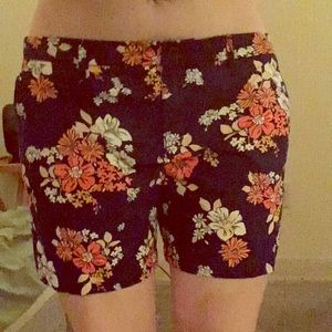 Old Navy Flower print shorts