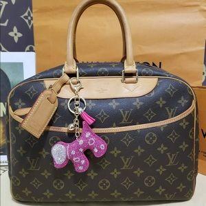 💯% authentic Louis Vuitton Deauville