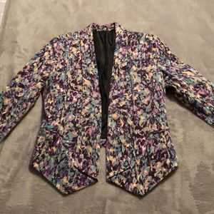 Like New Purple patterned blazer! Fits a size 6!