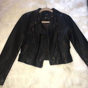 Forever 21 crop black jacket