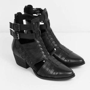 Chinese Laundry Indigo Girl Leather Boots NIB
