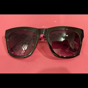 Leopard Betsey Shades