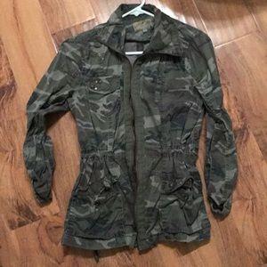 Ashley camo jacket size small