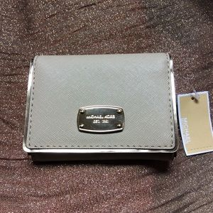 NEW!! Michael Kors Saffiano Frame Trifold wallet