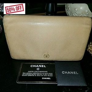 AUTHENTIC CHANEL CAMEL BIFOLD WALLET