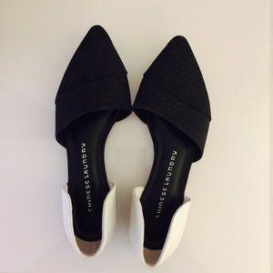 CHINESE LAUNDRY  BLACK & WHITE SLIP ONS