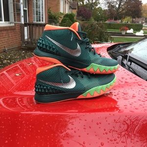 """Kyrie 1 """"Fly Trap"""""""