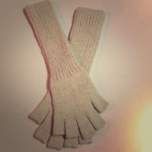 Alpaca wool fingerless gloves from Bolivia