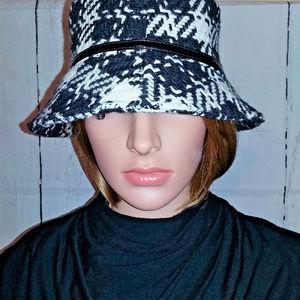 Jones New York Black/White Striped Wool Bucket Hat