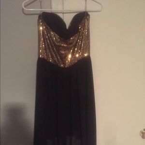 Black and gold Windsor homecoming dress