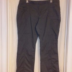 Old Navy sz. 20 stretch low rise gray pants flare