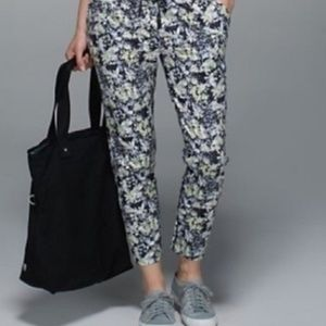 Lululemon Trouser Crop Pant