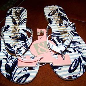 Sam & Libby Fun Print Flat Thong Sandal - NWT