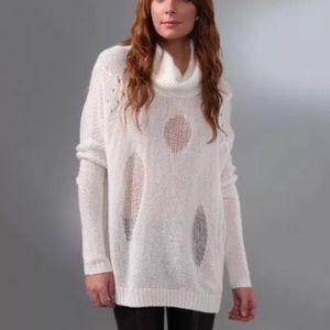 Bcbg Max Azria ivory wool oversize Sweater S