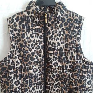 Ladies plus size puffer vest.