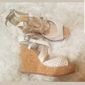Vince Camuto White Brown Leather Sandals Wedges