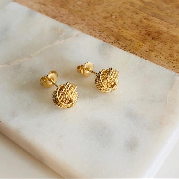 39b0d9ca7 Tiffany & Co. 18K Yellow Gold Twist Knot Earrings.  M_5a0faefefbf6f98b84002864