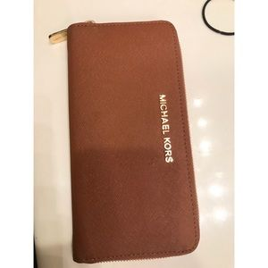 Michael Kors Continental Saffiano Leather Wallet