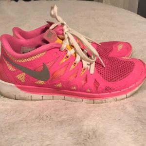 Shoes - Nike Free run 5.0