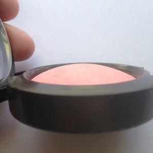MAC Mineralized  Dainty Blush