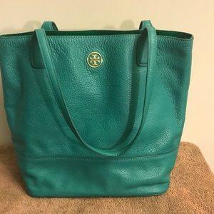 Authenticity TB medium purse