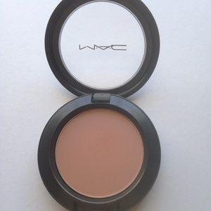 MAC Sincere Sheertone Blush