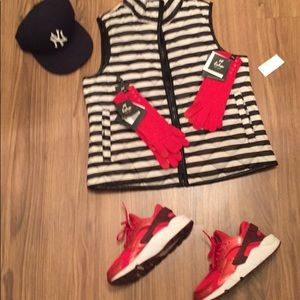 NWT Puffer Jacket Juniors Size Xl