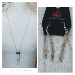🚨2/$10🚨Silver necklace with Blue Stone Pendant