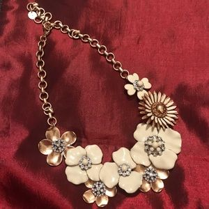 Stella and Dot - Dot Bloom Necklace