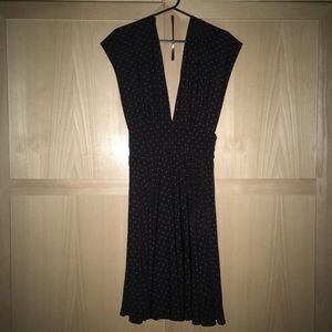 WHITE HOUSE BLACK MARKET flowy polka dot dress