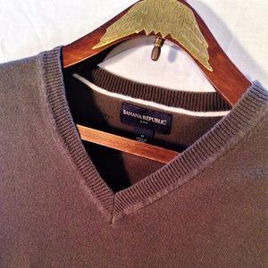 Banana Republic Medium Green Pullover Sweater Vest