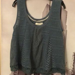 Teal cropped crochet top