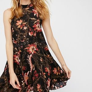 Free People Printed She Moves Slip M
